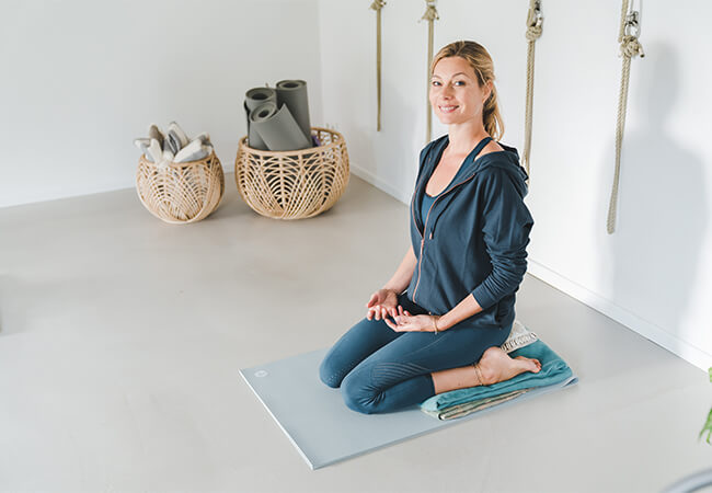 yogarootsam_home_yogaroots